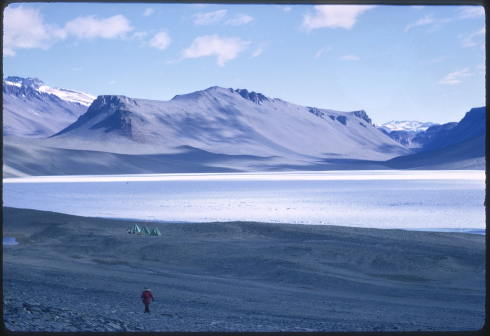 Lois Jones and team's tents in McMurdo Dry Valleys