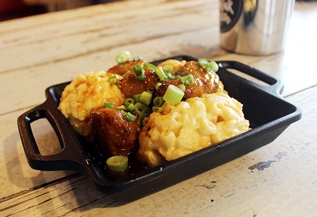 Folks at Sweet Carrot can indulge in various menu items such as pulled pork, coleslaw, smoked turkey or creamy macaroni and cheese with chicken meatballs.