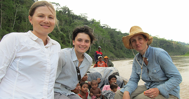 Zoe Pearson, Sara Santiago, Kendra McSweeney on boat in Honduras.