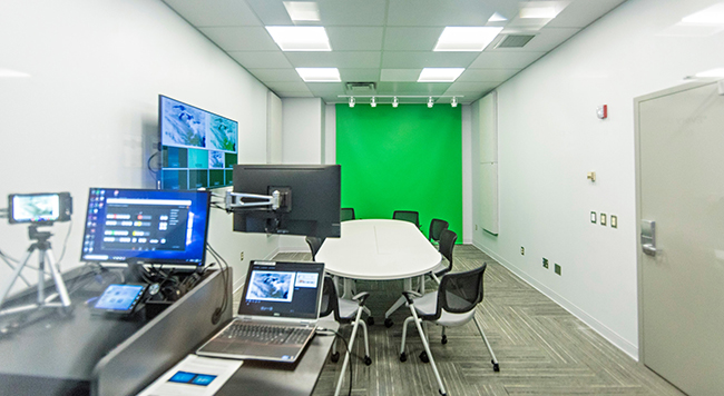 Broadcasting room, Sharpe Innovation Commons (© James D. DeCamp of Rob McCormick photography)