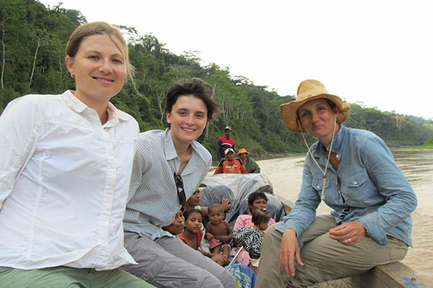 Zoe Pearson, Sara Santiago, and Kendra McSweeney on the Patuca River in Honduras