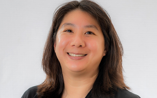Elizabeth Chen headshot