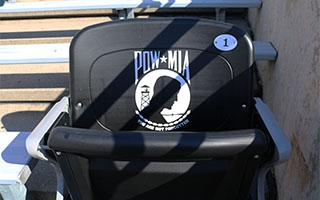 pow-mia chair photo