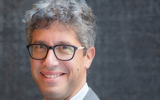 Warren Rosenblum headshot