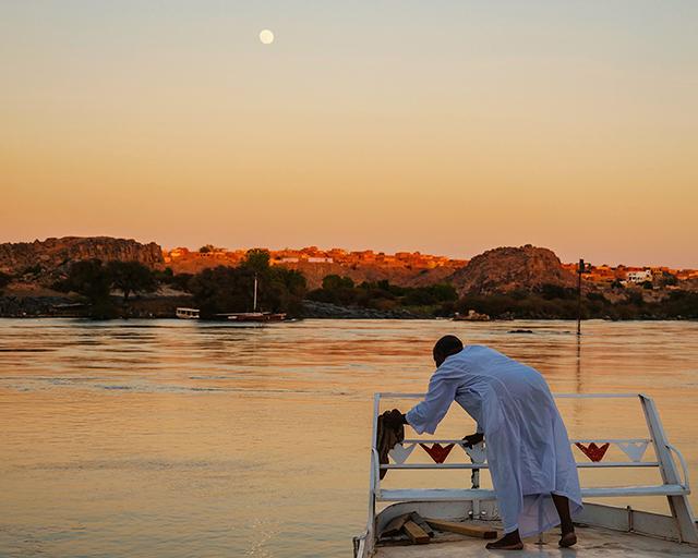 Riverside of the Nile by Zi Yuan